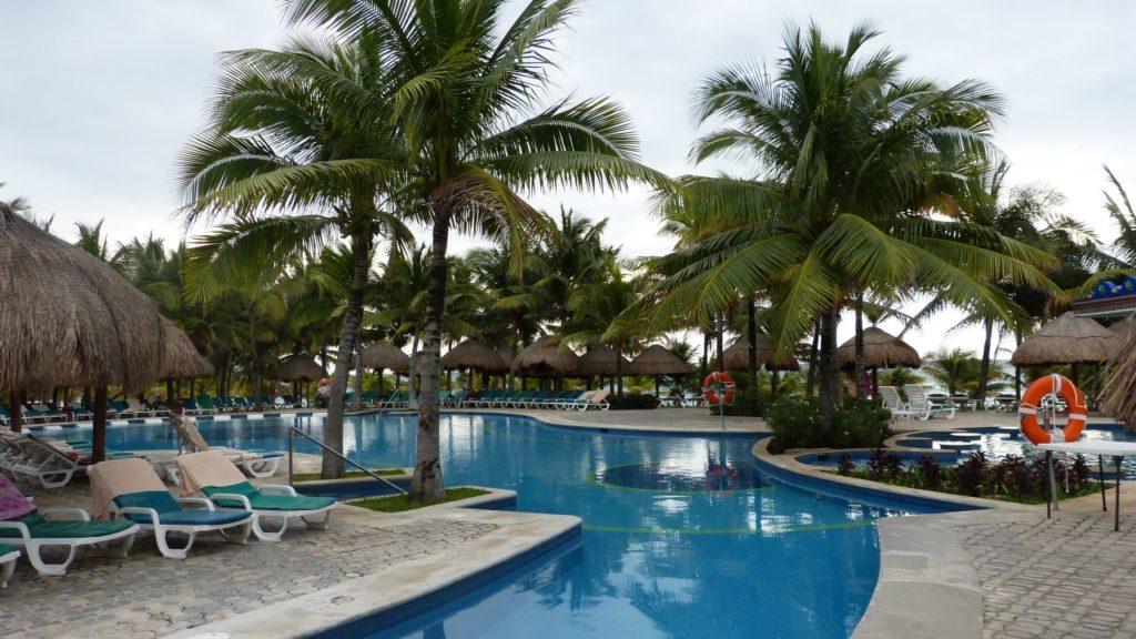 RIU Yucatan Pool